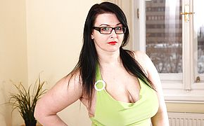 Big breasted <b>Milf</b> displays off her rack and jerks