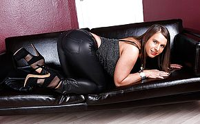 Red hot German thick boobed Milf wants to deepthroat your man sausage