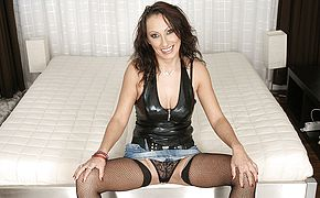 <b>Milf</b> Athena gets it firm and lengthy