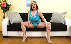 Big boobed housewife pounding and blowing
