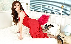 Red hot British housewife frolicking with herself