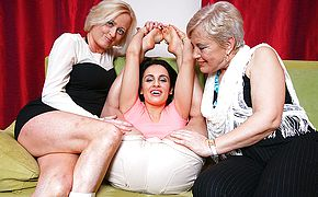 3 senior and youthfull lesbos go horny on the sofa