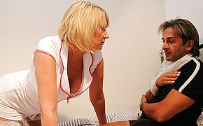 Ultra kinky British nurse gives her patient the total approach