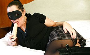 Mischievous hooded mature tramp getting raw