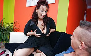 Steamy mature mama doing her toyboy