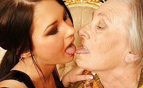 <b>Grandma</b> takes her youthful sapphic maid for a rail