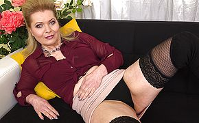 Horny housewife experiencing herself up