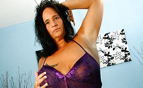 Large titted mature mega slut dumps like a firehose