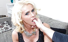 Molten platinum blonde housewife romping in Pov fashion
