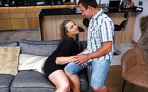 This curvy mature <b>lady</b> does her boyfriend hard and good