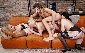 Three older ladies enjoy their stud and each other during hot <b>groupsex</b>